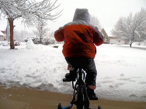 Snow. Bike / Photo by Roger Starkey