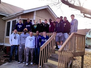 The 2013/2014 Collinsville High School basketball team at Violet Fletcher's house