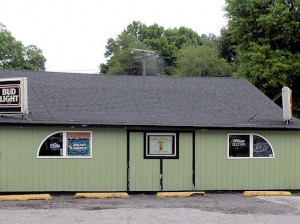 Teezers bar, at 215 Caseyville Road, Collinsville / Photo by Roger Starkey