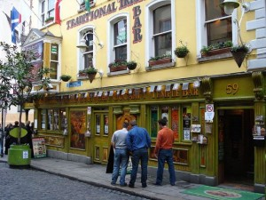 Temple Bar in Dublin, Ireland / Used under creative commons license