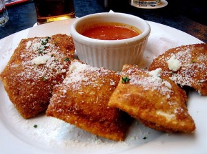 Toasted Ravioli / Photo By Timothy Boyd via Wikimedia Commons