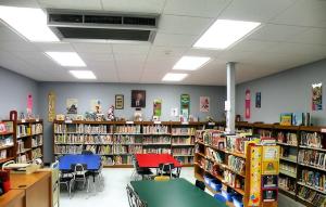 The Kreitner Elementary School Library / Photo by Roger Starkey